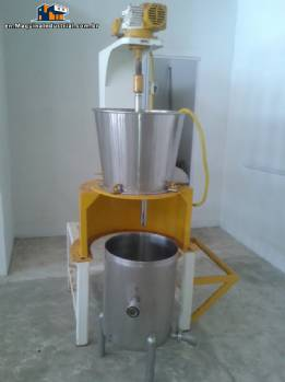 Pulper for fruits and vegetables.