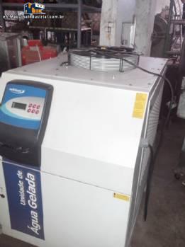 Bank of iced water chiller/heat exchanger