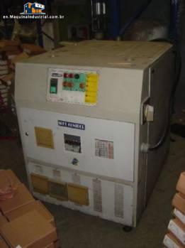 Heater/thermoregulating/temperature controller